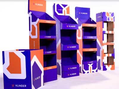 Embalagens e displays promocionais com a Escala 7