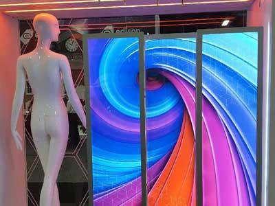 VitrineMedia apresenta painéis de LED